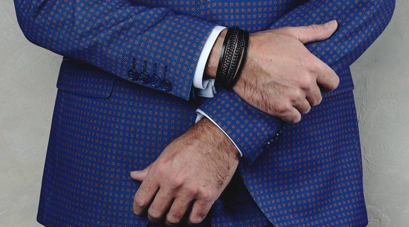 ¿Qué pulsera llevar para un hombre?